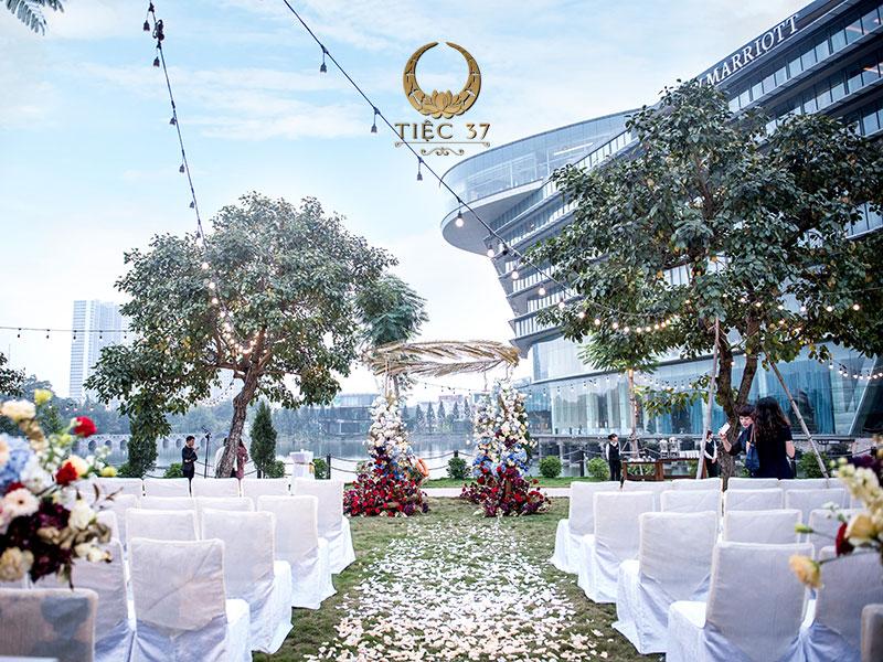 Phong cách trang trí tiệc cưới hiện đại và thanh lịch