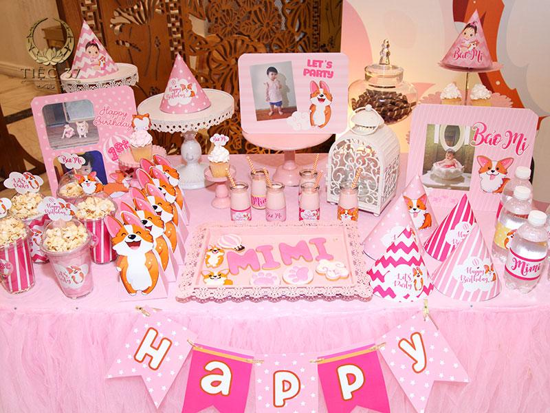 Tiệc sinh nhật cho bé nhất định phải sử dụng những tone màu tươi sáng, rực rỡ