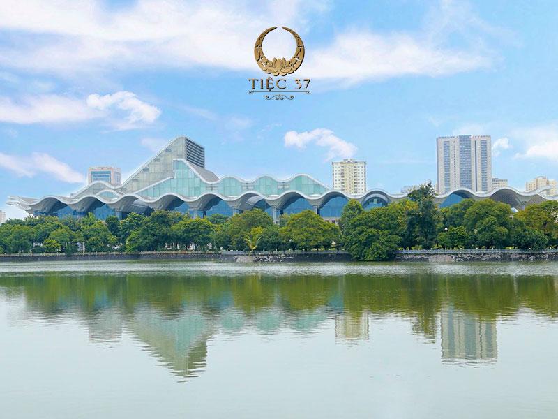 Trung tâm hội nghị Quốc gia tọa lạc tại vị trí đắc địa