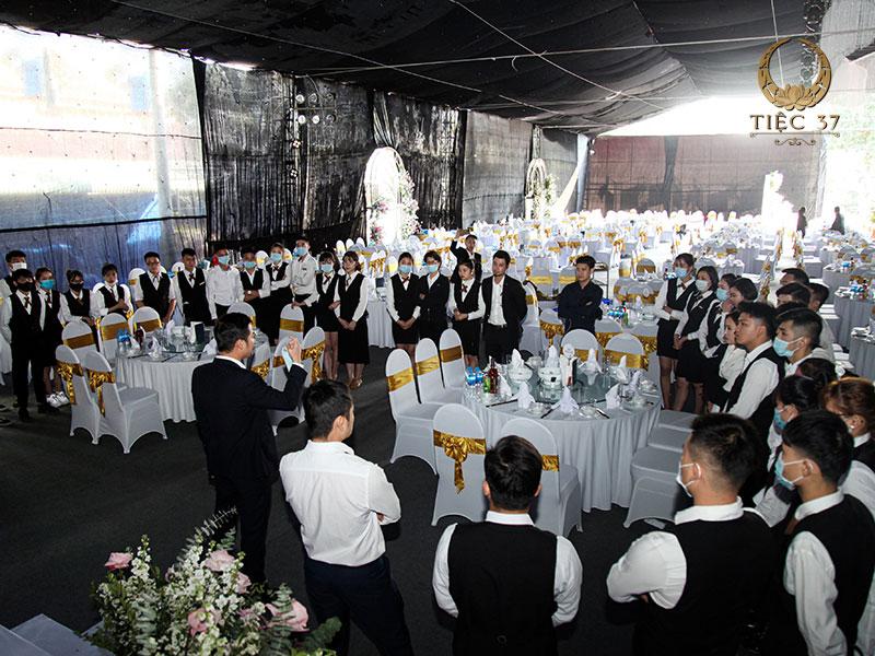 Tiệc cưới hoành tráng 2000 khách tổ chức thành công bởi Tiệc 37