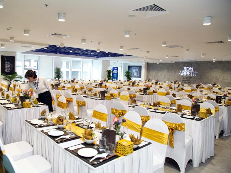 Tổ chức tiệc cuối năm tại Hà Nội