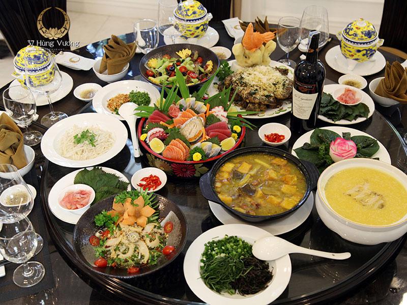 Tổ chức tiệc cuối năm tại Nhà hàng 37A Hùng Vương