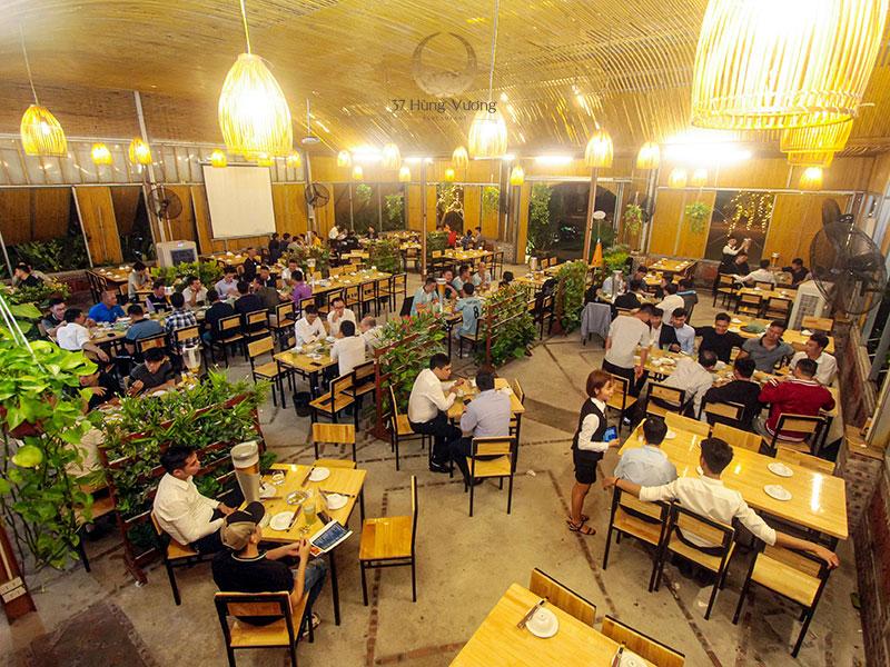 Nhà hàng Xanh Drinks – Không gian đặt tiệc thoáng đãng và thân thiện