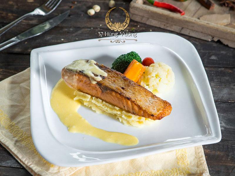 Cá ngừ nướng sốt phomai - Món ngon cho tiệc khai xuân