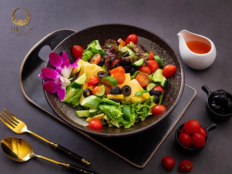 Salad vườn hoàng gia