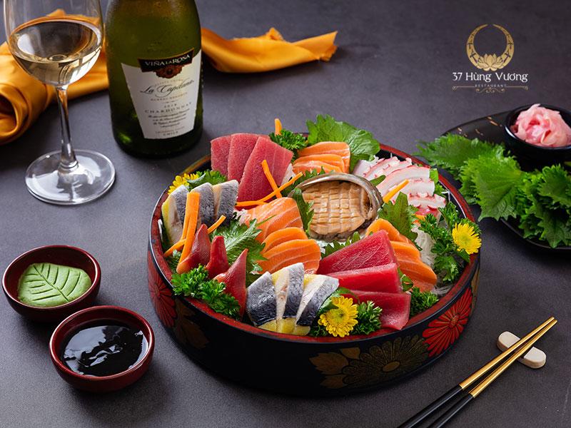 Sashimi tổng hợp đặc biệt