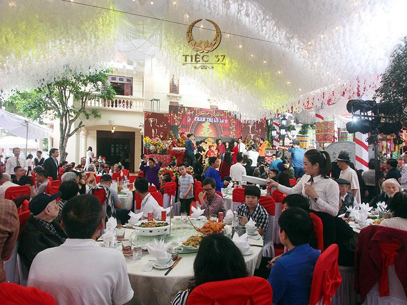 Tiệc thượng thọ ý nghĩa và sang trọng tổ chức bởi Tiệc 37